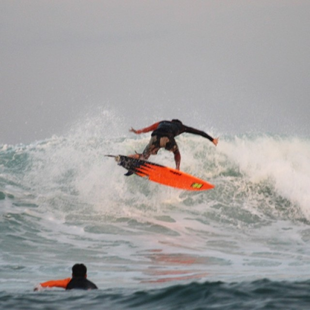 Airport Reef Surf Report