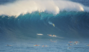 Thundering Jaws: The Swell that Pulled the Pe'ahi Plug