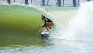 Steph Gilmore Takes on Kelly's Wave Pool