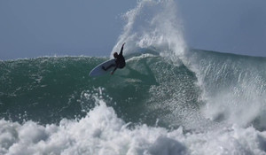 Kelly Slater and Sean Holmes at J-Bay