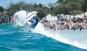 Momentum Rules at WSL Season Opener