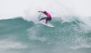 Tyler's Win Sets Up Epic Title Race as the Men Wait for Swell