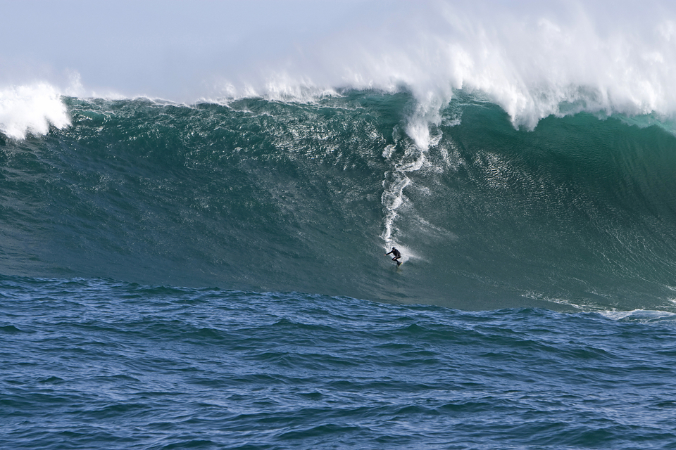 Twig's XXL winning wave from the reef 2km outside of Dungeons  aptly named