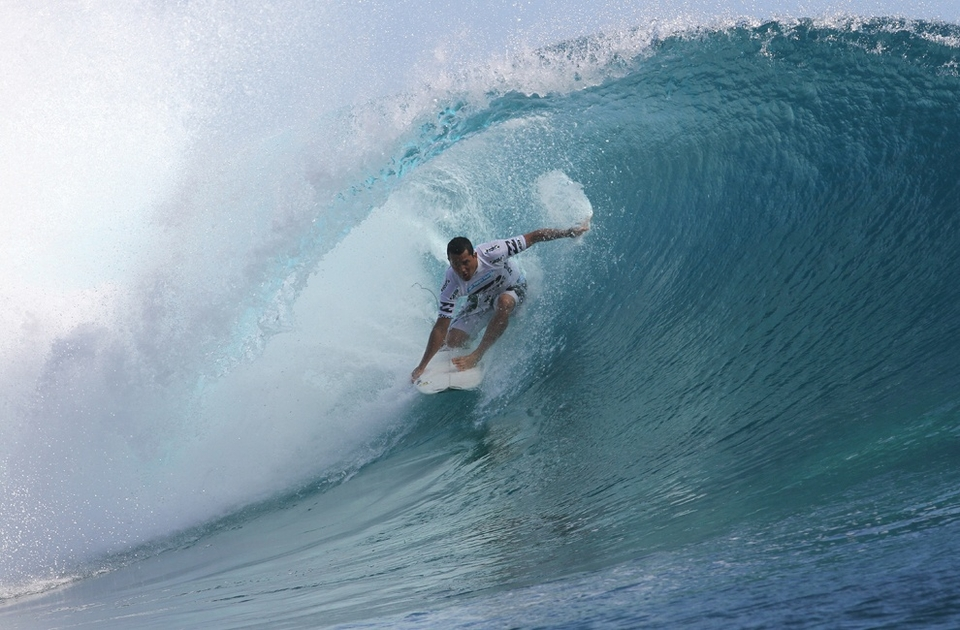 Manoa Drollet caused the upset of the event today derailing the Jordy Smith bandwagon which only yesterday seemed to be on rails to an inaugural world title. He was the man to beat and one stumble in the barrel was enough to ensure defeat.    Drollet said,