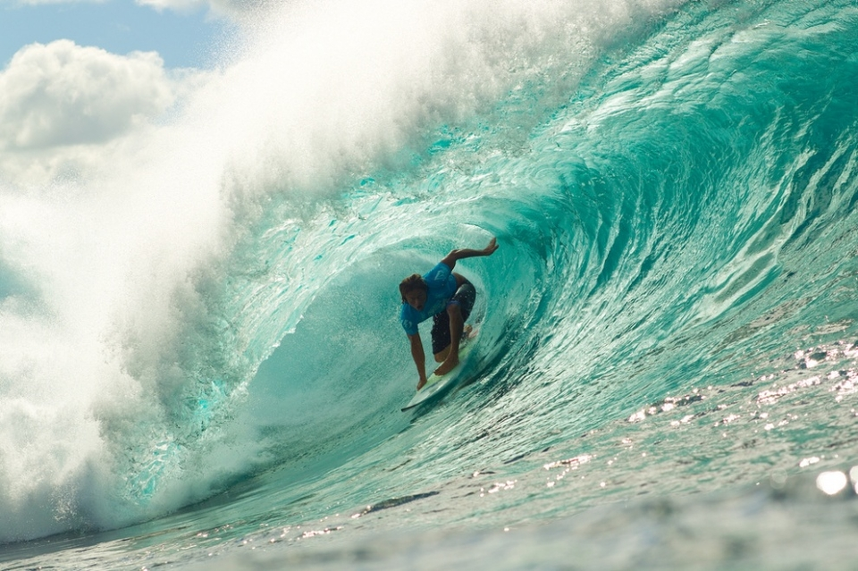 For Chris Ward, it was nothing but satisfaction. His last appearance in a final was here at the Pipe Masters in December of 2009, against world champion Kelly Slater. To podium again was confidence boosting.