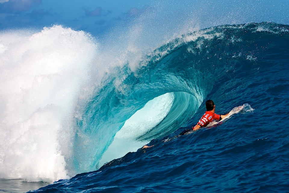 Jordy Smith looking down a death tunnel.
