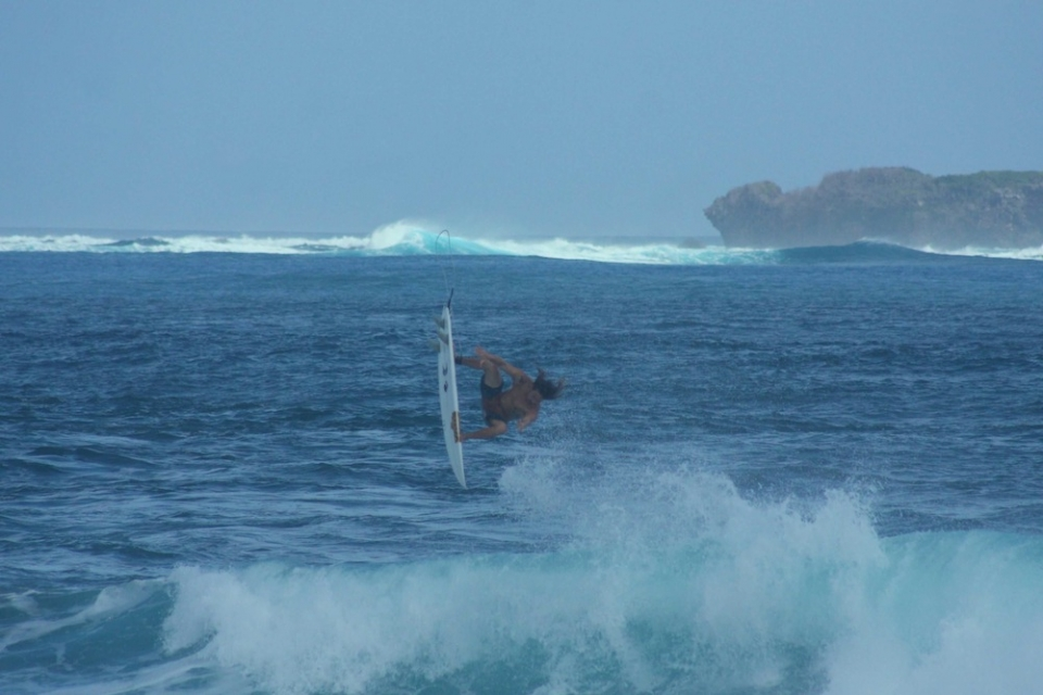 Sure fire sections and a sculpted air bowl make Cloud 9 a potentially perfect location to hone ones air game, though the shallow landing might put a few off. Dylan Graves pushes the coral heads to the back of his mind.