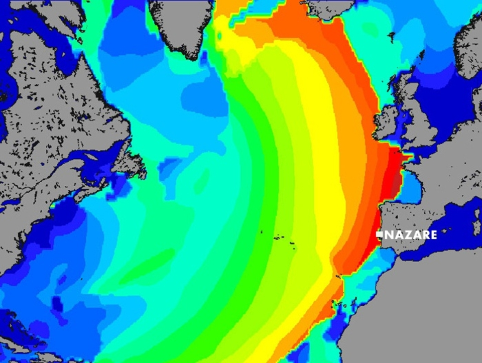 So what'll it look like this weekend as Europe braces itself for impact?     Nazare for the XXL swell on October 17th was calling 9ft at 15 seconds from 314 degrees.   This coming Sunday the 30th is 14ft at 16 seconds from 290 degrees.   So the swell is more powerful and west than the XXL swell of the 17th. What will it do here at Nazare? The official line is to run for the hills.    There's a full breakdown of this swell  here . Or to follow all the developments of the ZON North Canyon Show 2011 visit:  praiadonorte.com.pt .