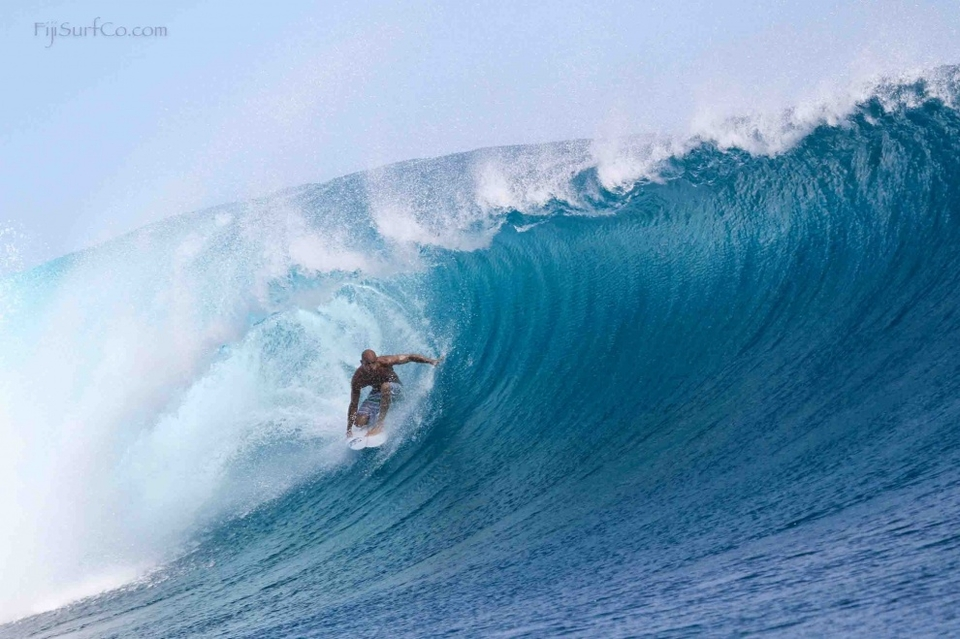 Never one to let being bounced off the reef slow him down, Slater was back to show everyone how it's done.