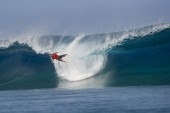 Fanning Takes Teahupoo