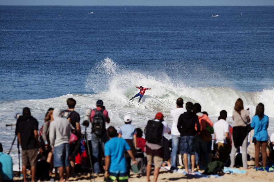 Joel Parkinson posted the morning's highest heat total of a 17.17 out of a possible 20.