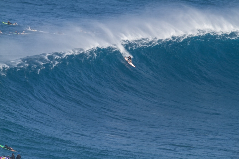 Peahi Goes XXL for New Year