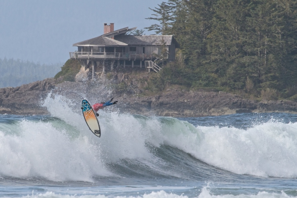 Much of Tofino shut up shop on this freezing cold but sunny day to hit the beach for the final, despite local hero Peter Devries having been knocked out earlier in the day by eventual winner Josh Kerr.