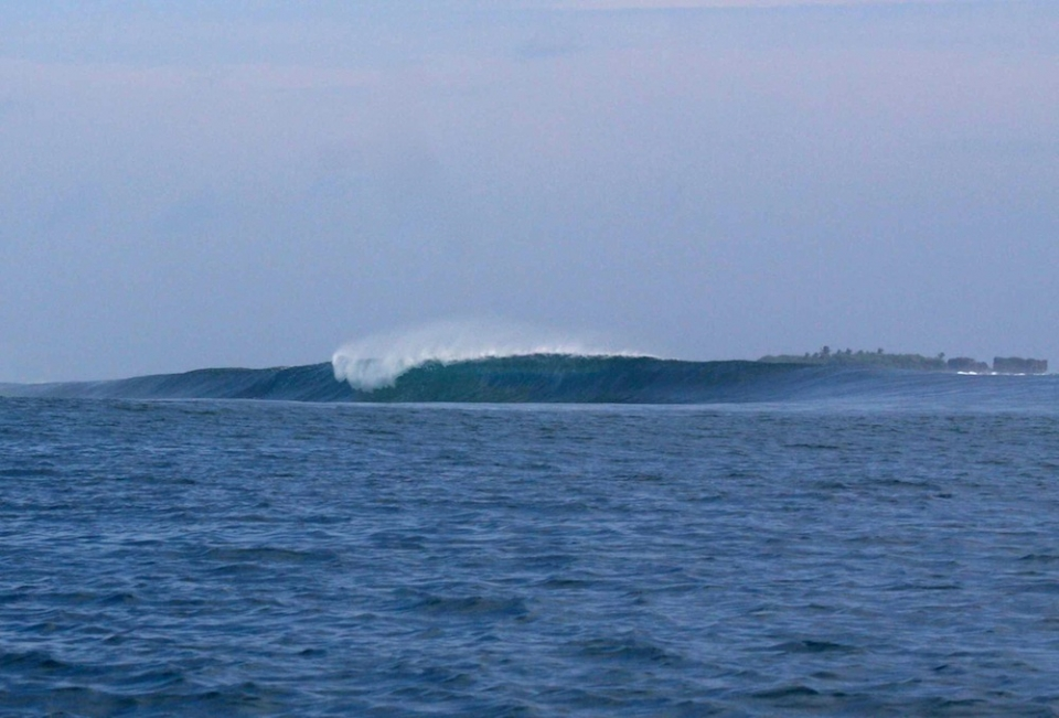 Cloud 9 isn't the be all and end all of Siargao, and going right isn't a necessity.