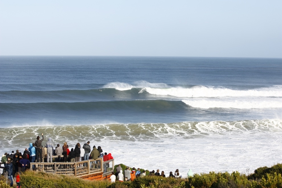 Crowds packed-out the viewing point, but surprisingly not the line-up, to watch the 50 year storm roll in at Bells. Sorry Rip Curl, for this one whips this year's comp for the size crown. Images by  Fordy .