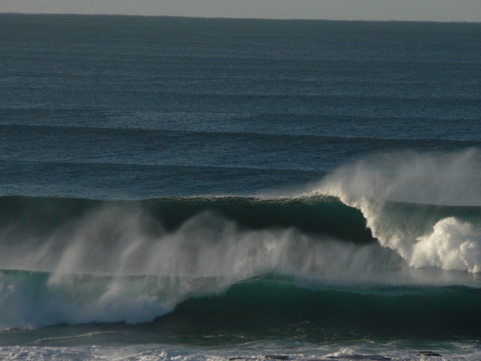 Sweet Central Coast right going begging by  francmc .
