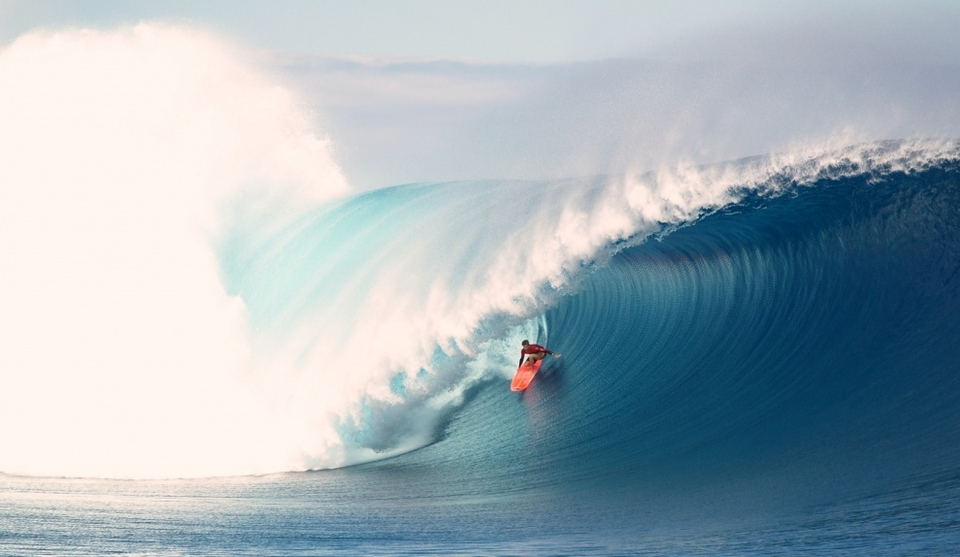 Bruce Irons on a picture perfect Cloudbreak bomb from  Josha .