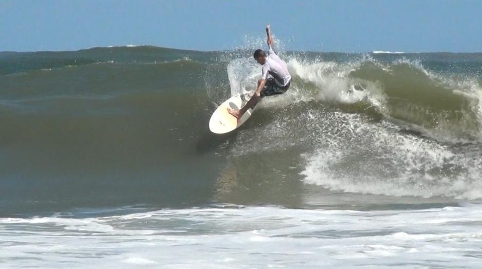 South Carolina's Hunting Island offered up some clean walls on Friday the 26th.   More  here