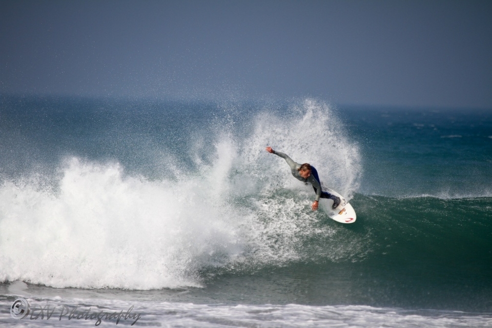 Jayce Robinson enjoying a lick of fun-sized Porthtowan.    More from LXVPhotography  here