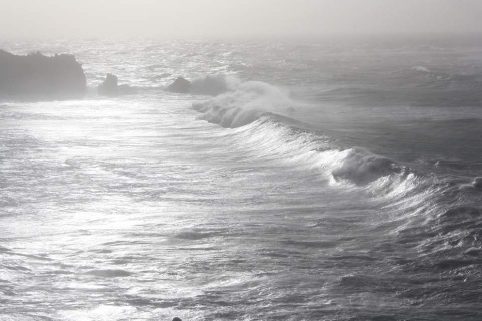 Peak of the swell between Land's End and Sennen.