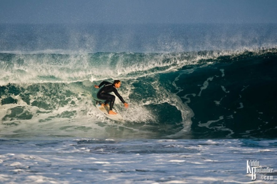 Ivan Mintegui about to get shacked ... Sopelana