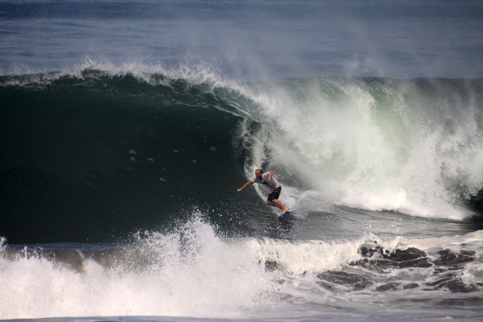 Julian setting up for a breakfast barrel on a Mexican beachbreak.  Warm water, safe camping and nonstop drainers.