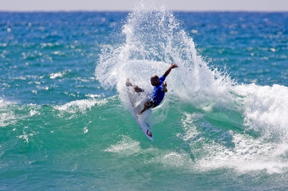 Giving it some lip ... Kelly Slater