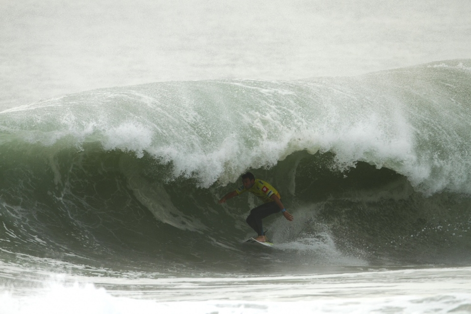 Parko smoked Bobby Martinez, displaying World Championship winning form, something which has recently eluded him. He clocked a perfect 10 in a super-deep barrel and suddenly felt that the ocean was finally working with him again.
