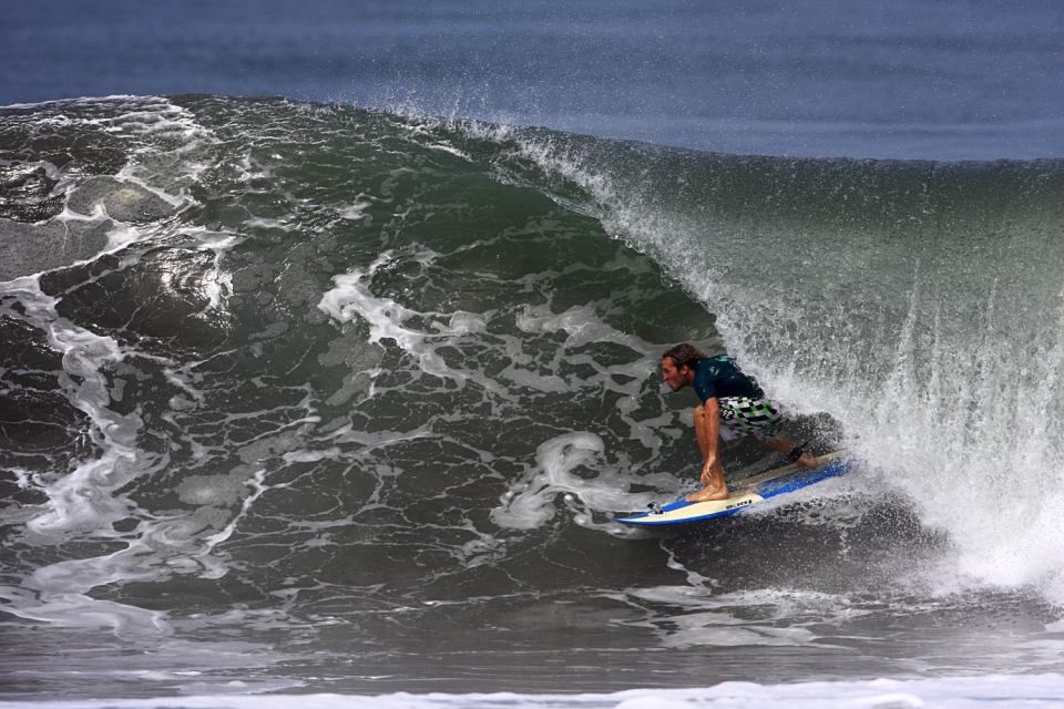 Same day, same place, different brother.  Joaquin getting spat out of a hollow one.
