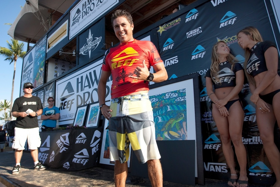 LOCAL knowledge ended up ruling the day at Haleiwa as Joel Centeio triumphed in the Hawaiian Reef Pro.     One solid barrel from way out the back was enough to clinch victory much to the delight of the spectators who cheered their second homegrown hero of the Vans Triple Crown (Alana Blanchard having taken the Women's Hawaiian Pro a few days previously).   Haleiwa was a little inconsistent, compounded by the WQS four man heat scenario, most competitors were scoring one good wave and winning or losing on the backup score. A three or four point wave became important. The swell was there, well overhead but it wasn't classic. The irritating trade winds really put paid to what could have been a classic final. The swell was sitting around 7ft at 15 seconds which with the right wind would and should have made for an epic event.