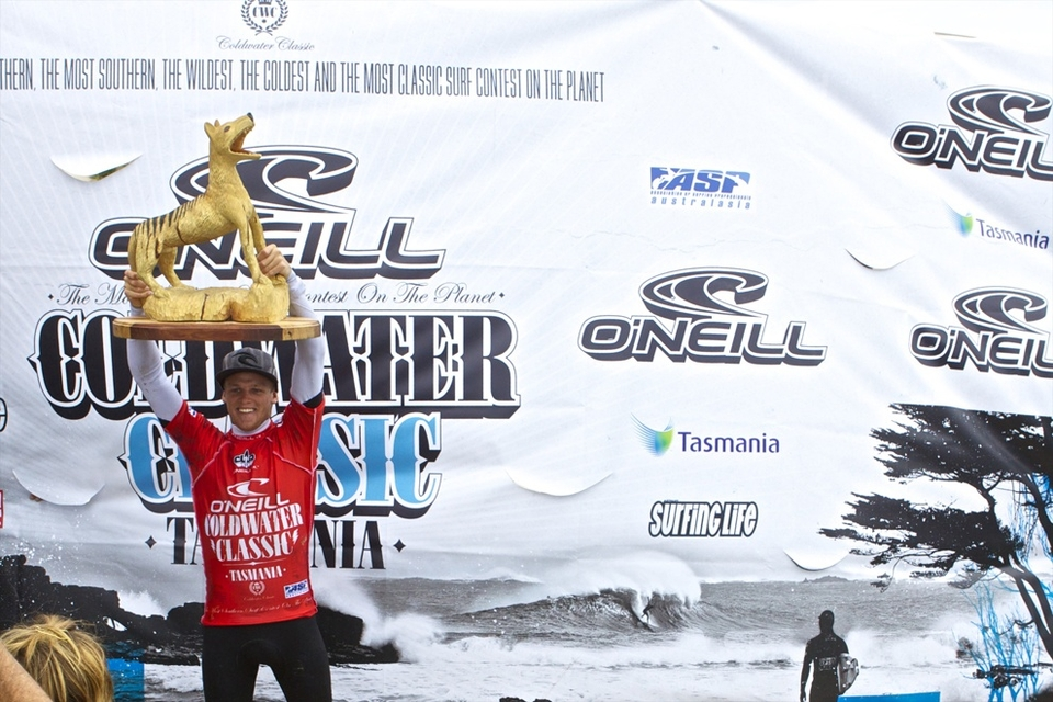 In some of the best conditions this competition has seen so far, Stuart Kennedy took out the 2010 O'Neill  Cold Water Classic  Tasmania in emphatic style with the highest combined heat total of the event.