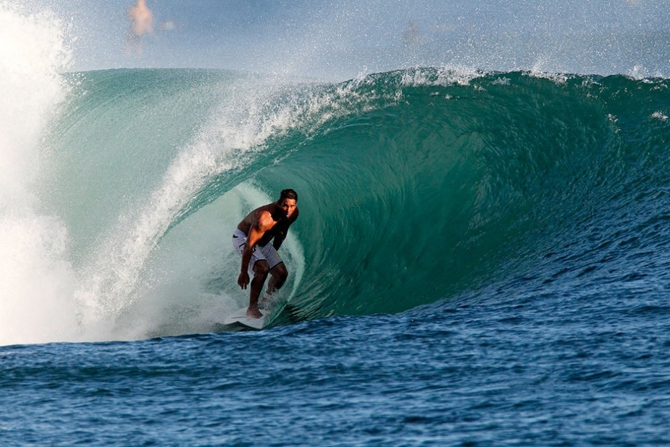 John Lumahi has this spot pretty tacked down -- casual relaxed shoulders and both eyes on the exit.