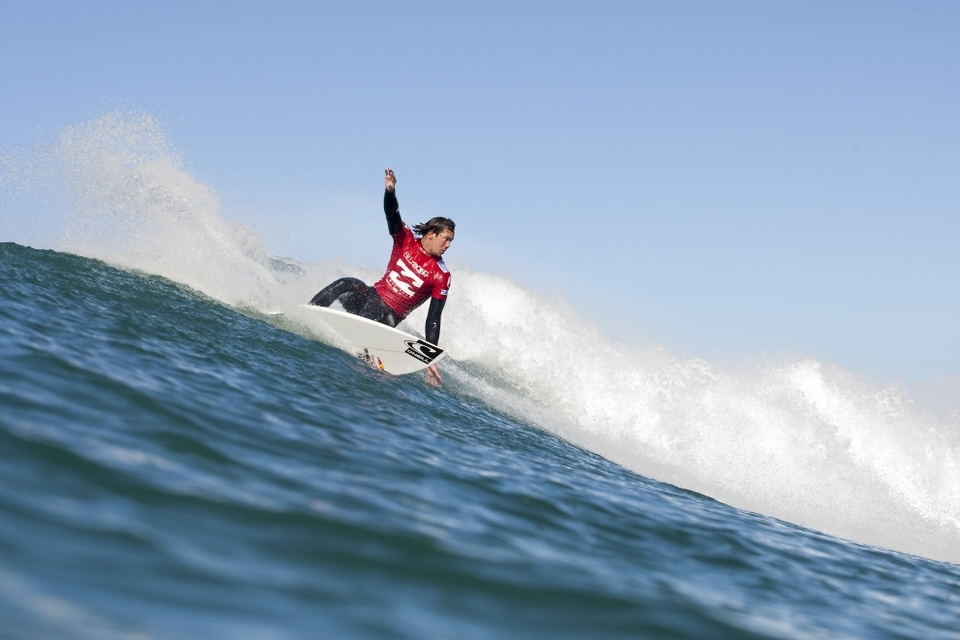 Jordy Smith, current ASP World No. 2, showed the world just why he is the most dangerous man in South Africa, comboing opponents Tom Whitaker and Joan Duru.