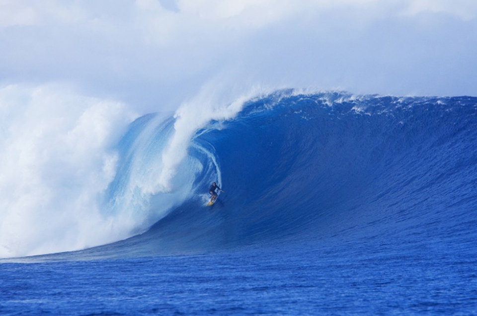 Mark Visser at huge Cloudbreak over the sharp but fragile Fijian reef.
