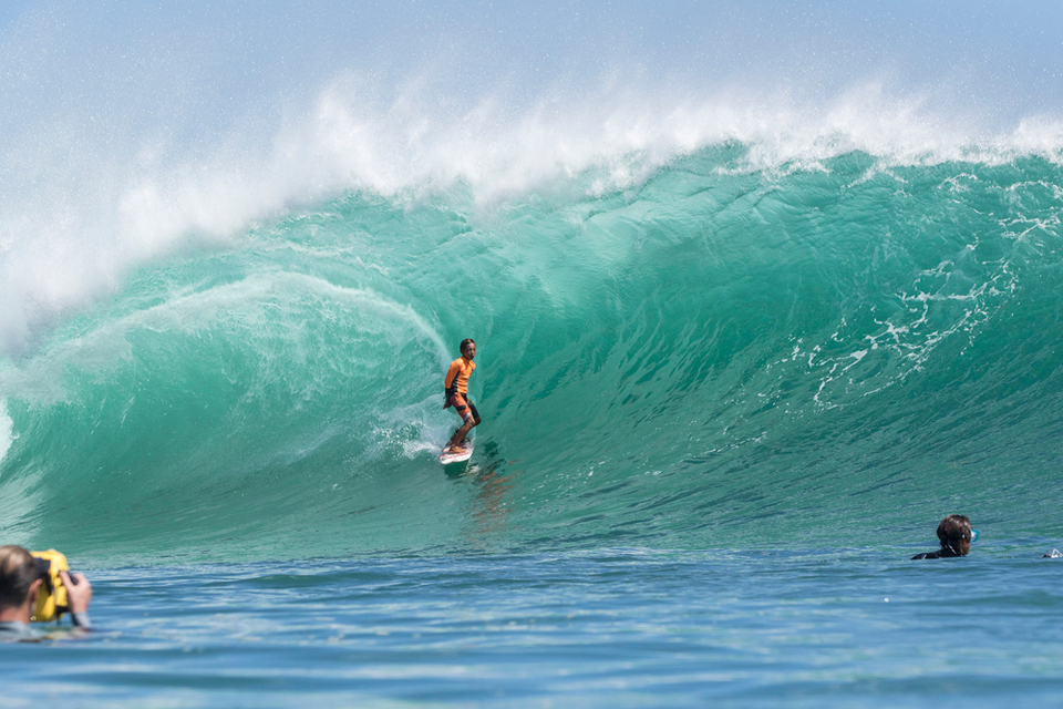 At 12-years-old Tenshi Ishii may be the youngest surfer to take on Padang Padang at this scale, and drawing perfect lines on set waves, what a champ.