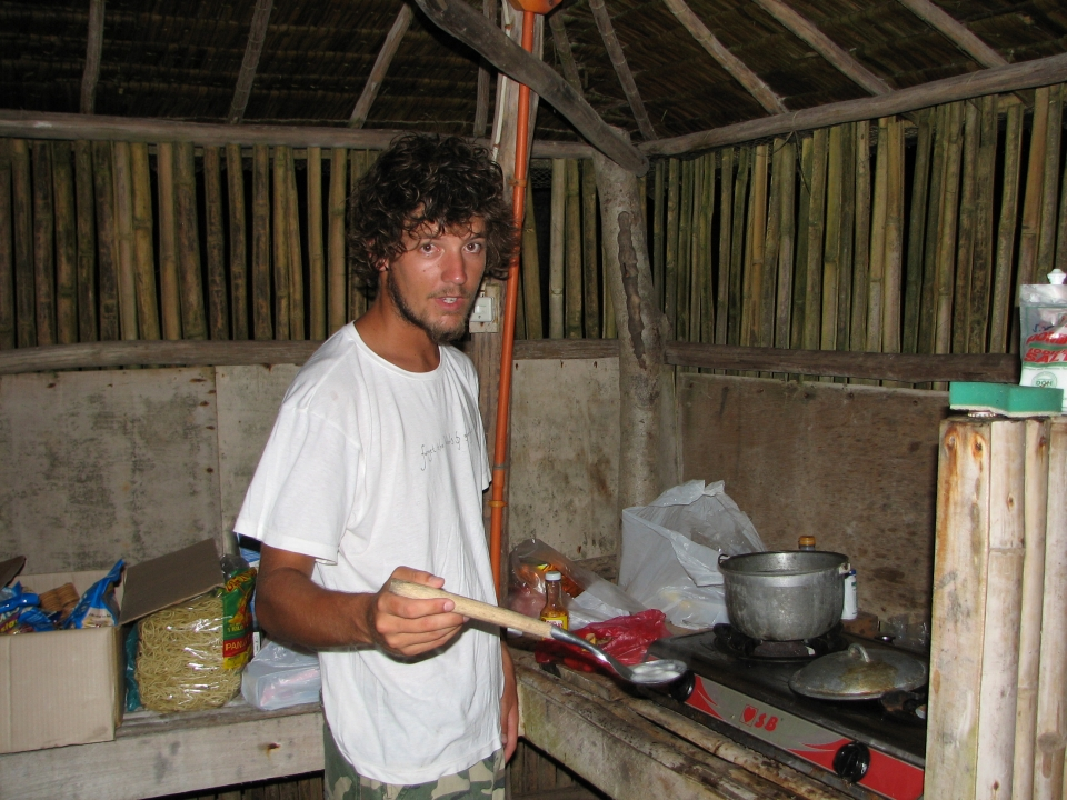 Cooking dinner in a place with was  paradise .... Noodles again I'm afraid.