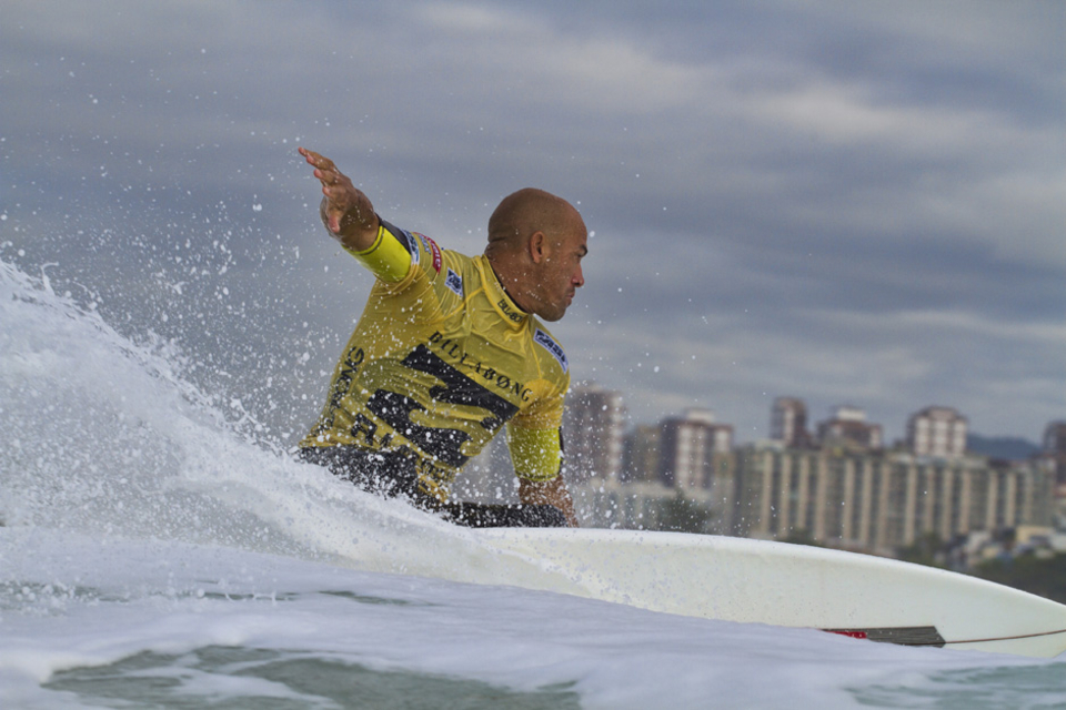 "Slater is not used to being in the current fix but with Fiji approaching he will not be too concerned.    ""I thought there were a lot more waves than there ended up being and didn't make the adjustment during the heat,"" Slater said. ""Adriano did and that made all the difference. Quarterfinals is not the worst result – it's better than I went last year. It was a long wait this window and if I had waited that whole time and lost yesterday, I would have been bummed. I'll take a 5th and look ahead to Fiji."""