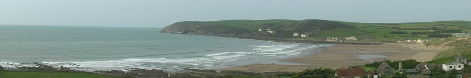 Only MSW webcams capture the whole beach end to end.