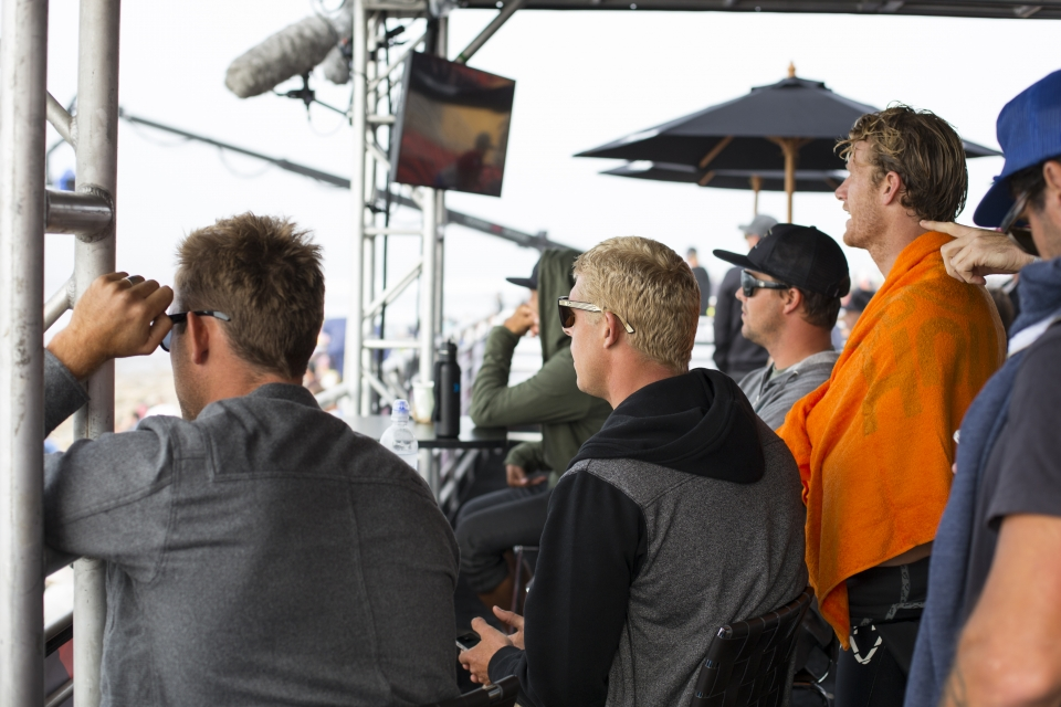 At this point in the year the title contenders have scratched to the top, and each heat win becomes vital to the campaign.  The gallery watches on as proceedings heat up.