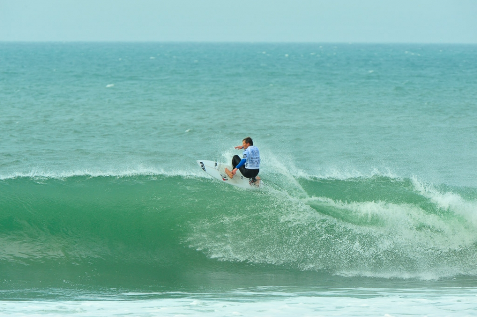 Event winner ex ASP World Tour surfer Greg Emslie rocking and rolling.
