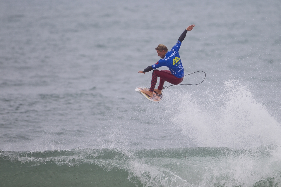 Pat Gudauskas was comfortably leading his heat against Freddy P, only to gain an interference in the dying moments.