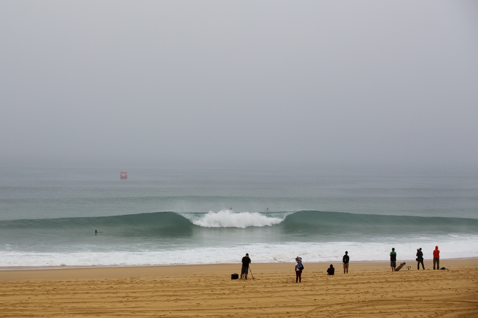 Although the Roxy Pro is over, the peaks of Hossegor will not stay empty for long, with the round one of the Quik Pro looking likely to run tomorrow.