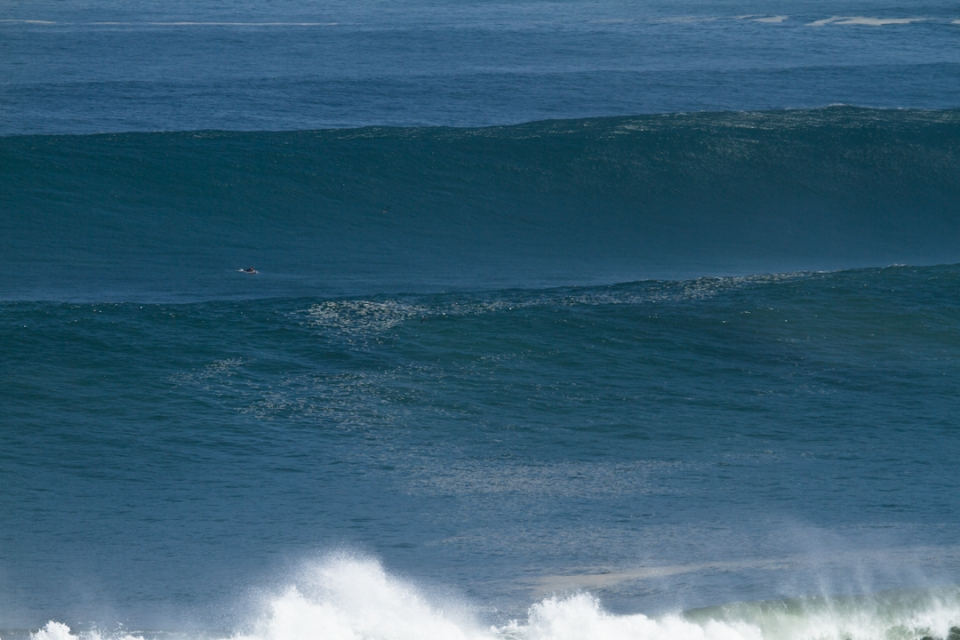 In moments like these, a 9'2 feels like a pretty tiny board. Next time I'll take something in the much larger range...
