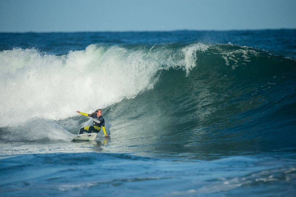 Courtney perfectly positioned to maximise the scoring potential of a clean morning in France.