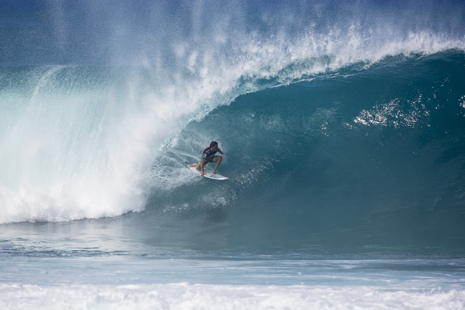 Yadin Nicol was the last man to stand in Fanning's way. He ended up losing by less than a point after a contentious last minute barrel from the Australian.