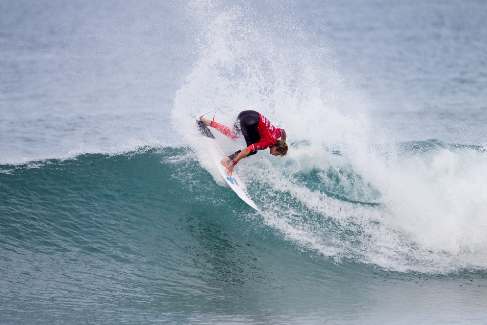 It's Kai Otton vs Fredrick Patacchia in Round 3. A battle of two reinvigorated surfers.