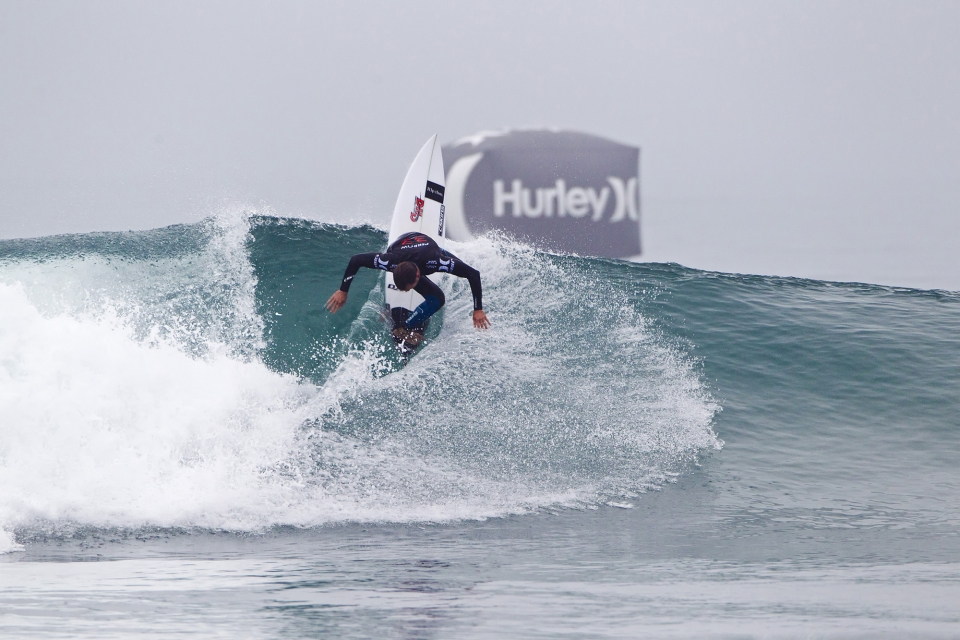 Kieren Perrow snagged the first wave of the contest, but failed  to surmount the skills of Santa Cruz local, Nat Young.