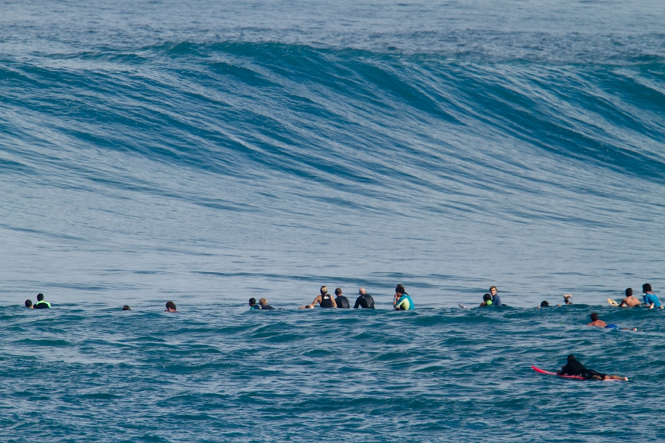 All manner of crew were back out there, including several that were practising for the Eddie. Sunny Garcia and John John Florence, to mention a couple.