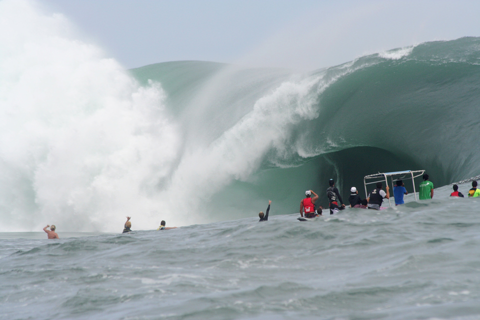 27th August 2011 at Teahupoo was the heaviest day in ASP history ... Worth selling the kids for