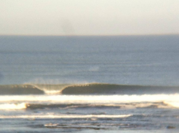 Surf report photo of Bundoran - The Peak